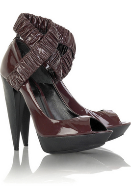 Fashion addicted: Burberry Prorsum Ruched Platform Pumps