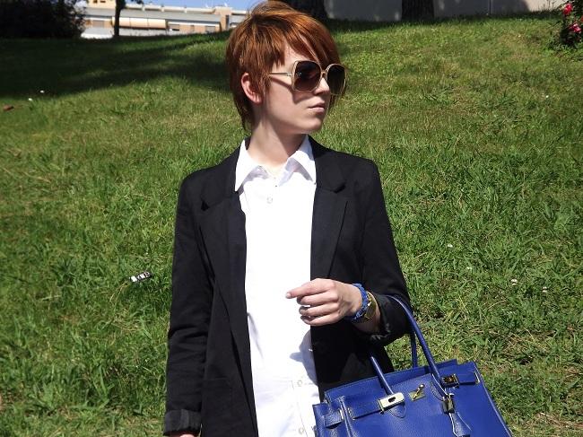 La ragazza dai capelli rossi - Outfit