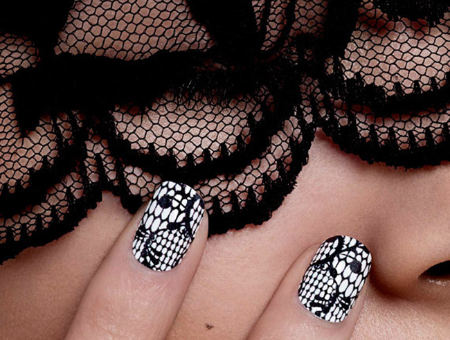 diy: lace nail art
