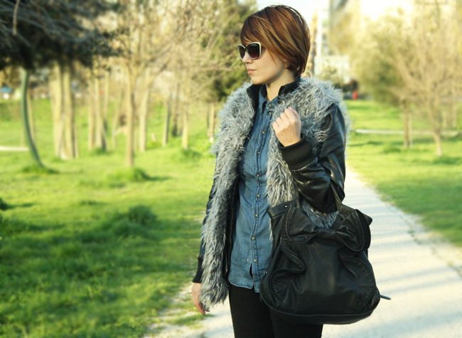 Fashion Blogger fur coat