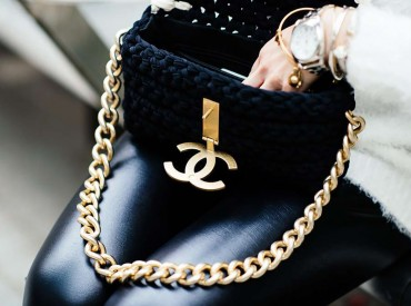 chanel_bag_black